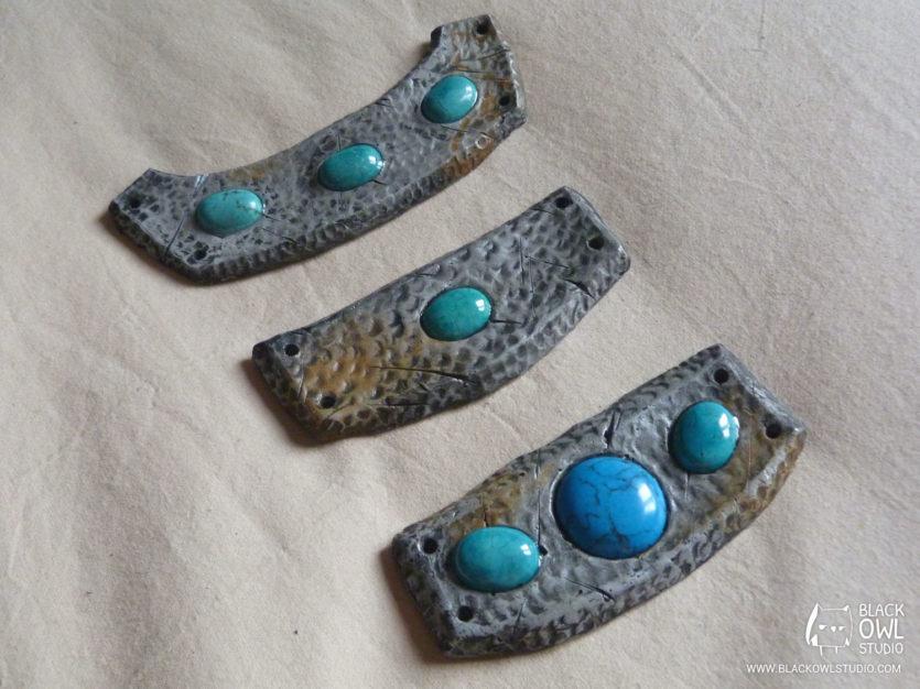 Colliers avec turquoises