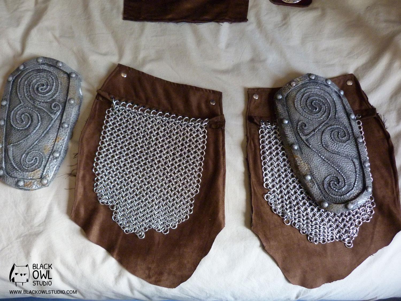 Cuisses (plaques + cottes de maille)