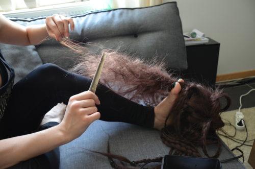 Wig crimp