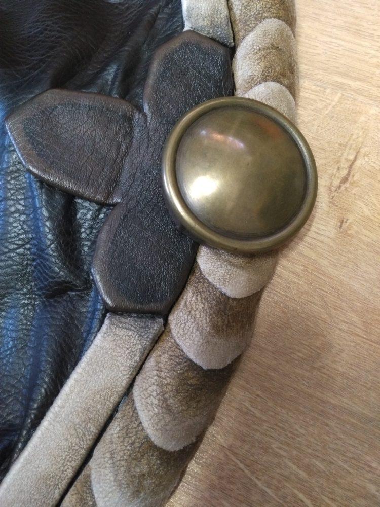détail ceinture résine peinture